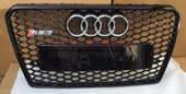 Audi RS7 решетка радиатора полностью черная