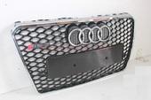 Решетка радиатора Audi A7 в стиле RS7