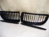 БМВ 3 Е90 дорестайлинг решетка радиатора глянец + триколор