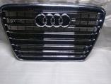 Audi A8 D4 W12 дорестайлинг решетка радиатора