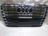 Audi A8 D4 рестайлинг решетка радиатора в стиле W12
