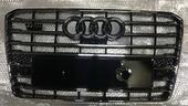 Audi A8 D4 W12 рестайлинг решетка радиатора