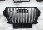 Audi Q3 Решетка радиатора RSQ3 Black edition