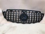Mercedes w213 решетка радиатора стиль AMG GT черный глянец