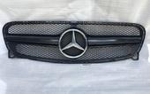 Mercedes GLA x156 решетка радиатора AMG e63 Black